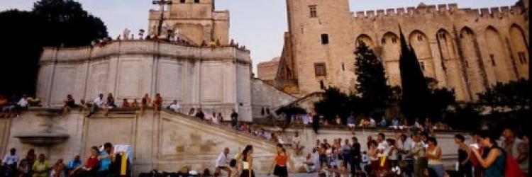 Avignon palais des papes festival 9