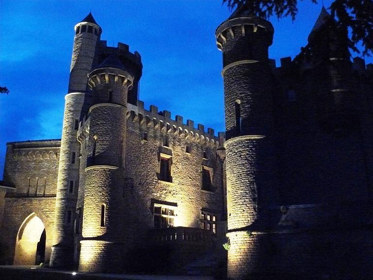 Chateaudemontmelas 1