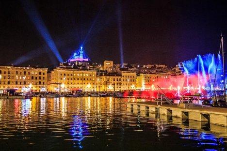 Vieux port marseille soiree